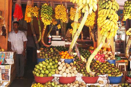 1 Galle mercato bancarella di frutta copia