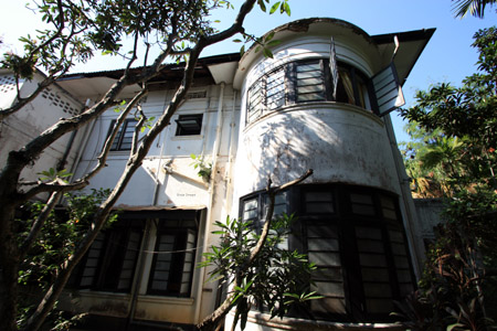 Hotel Colombo House a Colombo. In puro stile Art-Deco' è visitato da architetti di tutto il mondo.