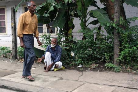 1 gente della periferia di Colombo copia
