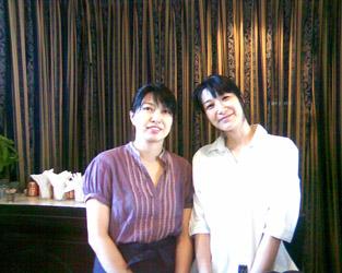 Le simpatiche proprietarie dell'ottimo ristorante-libreria giapponese a Colombo.