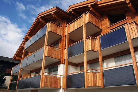 Riederalp, pannelli solari sui balconi.