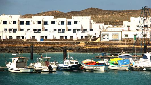 Isola La Graciosa. Caleta de Sebo.