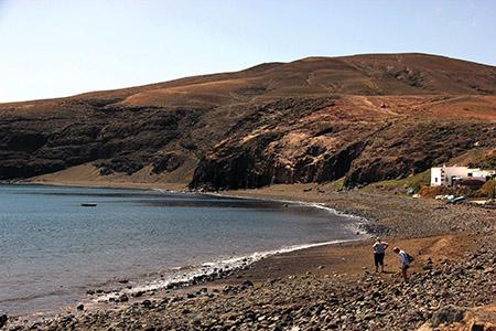 Playa Quemada: spiagge. Quella in fondo è in sottilissima arena nera.