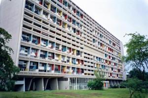 Le Corbusier. Questo edificio segna la storia dell'architettura. Foto fornita dall'Uff. dl Turismo.
