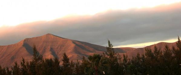 Lanzarote. Paesaggio al tramonto.