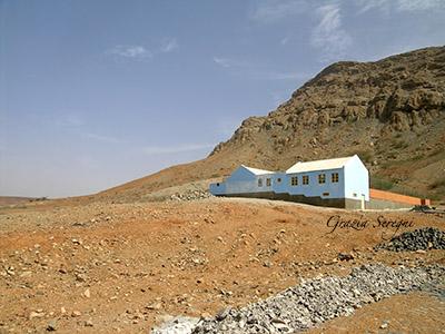 Boa Vista Povocao Velha casa azzurra montagna copy