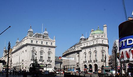 Londra, Piccadilly; edifici Regent style