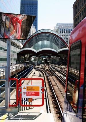 Londra, stazione della nuova ferrovia che si spinge verso sud.