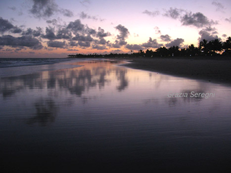 Brasile, tramonto a Guarajuba.