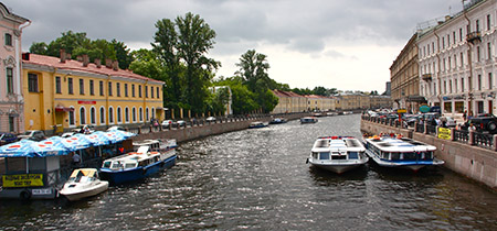 a S Pietroburgo canale