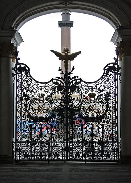 San Pietroburgo, cancello-pizzo dell'Ermitage.