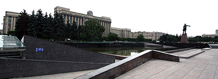 San Pietroburgo, Casa dei Soviet.