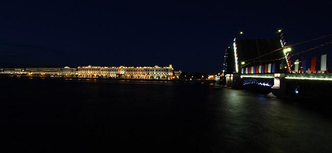 San Pietroburgo, Ermitage illuminato.