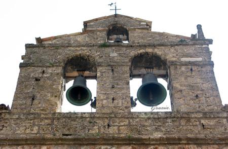 Leonessa, campanile a vela.