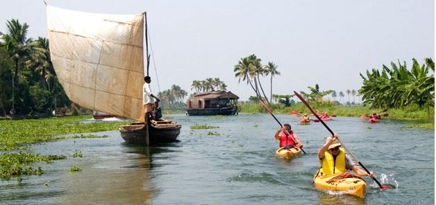 KERALA zf6r_Kayaking