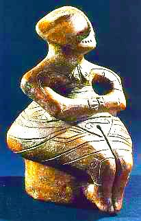 ARTE archeologia dea-in-trono--Bulgaria--4500-a.-C-jpg