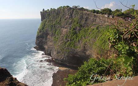 Bali Luhur Uluwatu templio sulla sommità ok