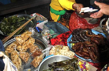 Bali street food smz