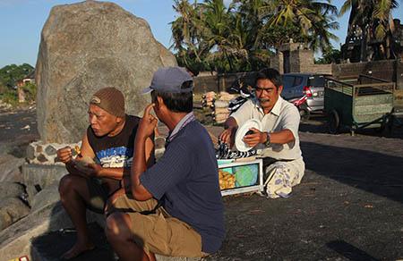 Bali street food lungo la spiaggiab