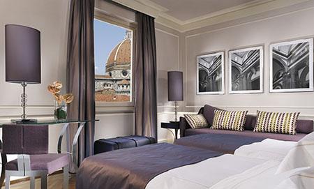 Firenze 450 hotel Brunelleschi 4_Deluxe vista duomo e campanile front