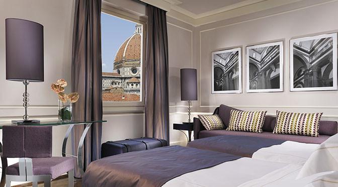 Firenze 672 hotel Brunelleschi 4_Deluxe vista duomo e campanile front