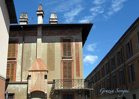 Como elegante dificio in Via Vittorio EmanieleIMG_0334