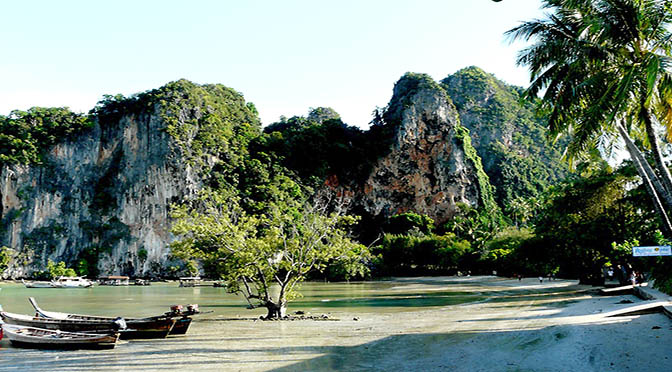 Tailandia 672 spiaggia di railay beach,