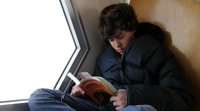 LIBRI – AVETE UN LIBRO NEL CASSETTO ? Come promuovere il tuo libro ? – Suggerimenti da ilmiolibro.it