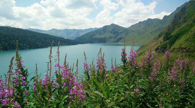 Montagna 672 lago svizzera Riton vacanze