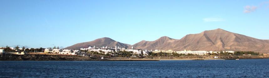 Playa Blanca dal mare.