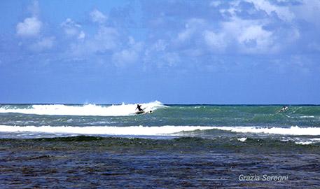 Brasile, surf a Porto Seguro.