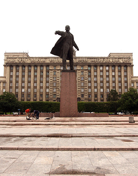 San Pietroburgo, Casa dei Soviet, monumento a Lenin