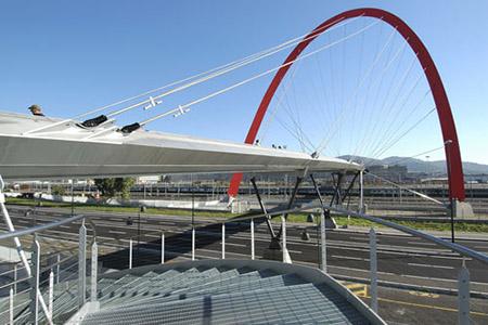 Arco olimpico e passerella, visuale diurna, DSC_2998