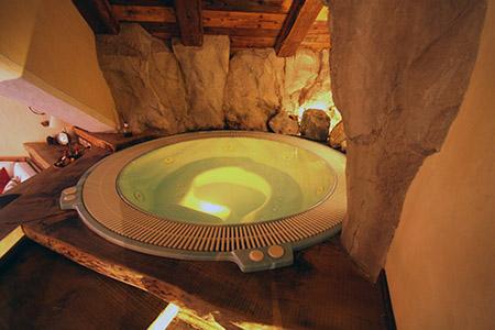 Valle d aosta un paradiso di parco ma anche spa relax e gastronomia donnecultura - Albergo con piscina in camera ...