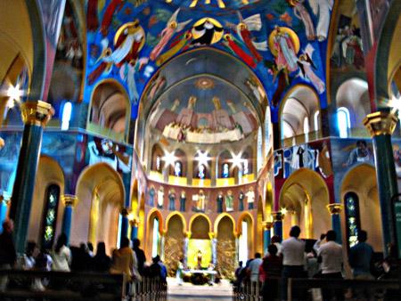Cascia. Santuario di Santa Rita: decorazioni di Giacomo Manzù.