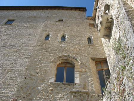 Museo che conserva la copia della Biga Etrusca; all' interno del complesso monumentale di San Francesco.