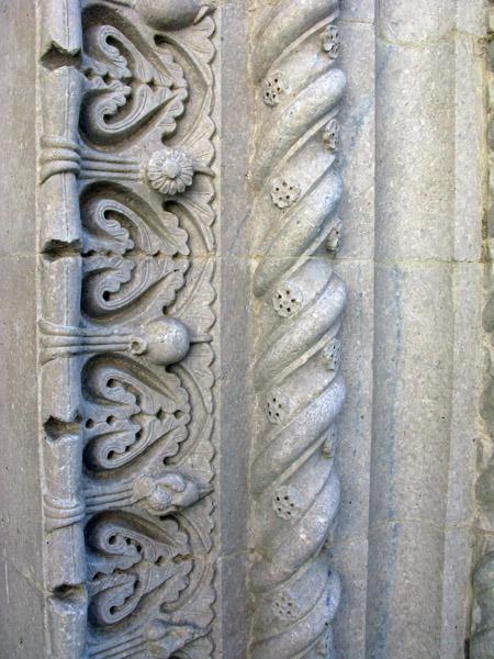 Moteleone, particolare di San Francesco; lavoro dei Magistri Cumacini.