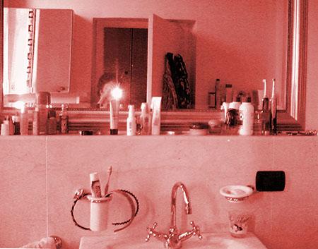 casa rota bagno rosa copy