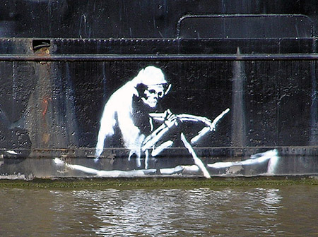 800px-450 Banksy.on.the.thekla.arp