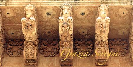 SICILIA Noto balcone di Palazzo Nicolaci di Villadorata