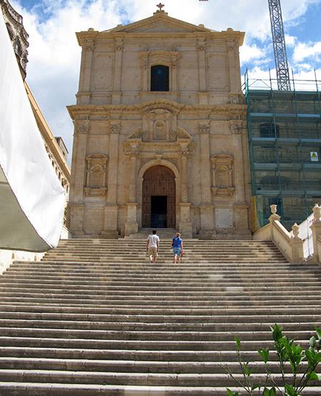 SICILIA Noto chiesa di San Francesco scalinata
