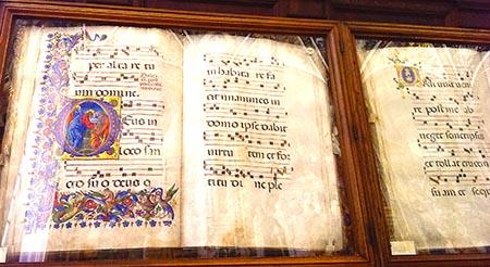 SIENA 450 Libreria dentro il Duomo con soffitti decorati IMAG1201