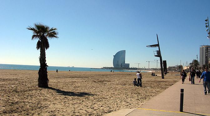 Barcellona museo delle cere donnecultura for Alberghi barcellona sul mare