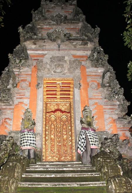 Bali Ubud particolare tempio qm