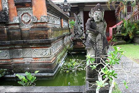 Bali templio particolare zpw