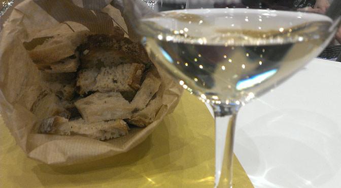 ADDIO ALLA CARNE – Per scelta per moda ma anche per problemi economici gli italiani comprano meno carne