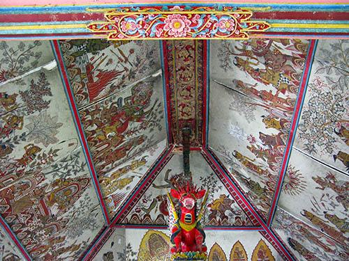 Bali tempio soffitti 1a