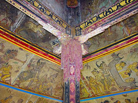 Bali tempio soffitti 82as
