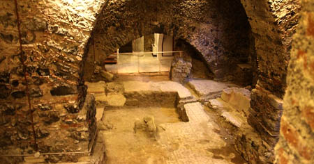 Catania 2 Benedettini scavi archeologici k